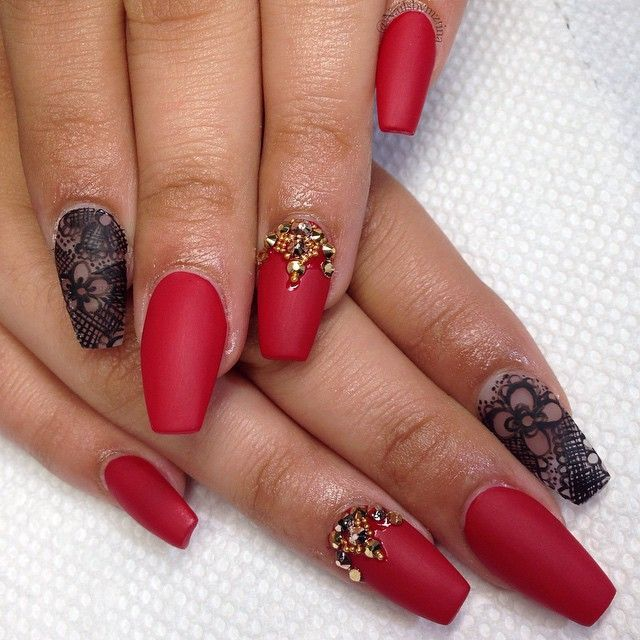 long red nails with designs
