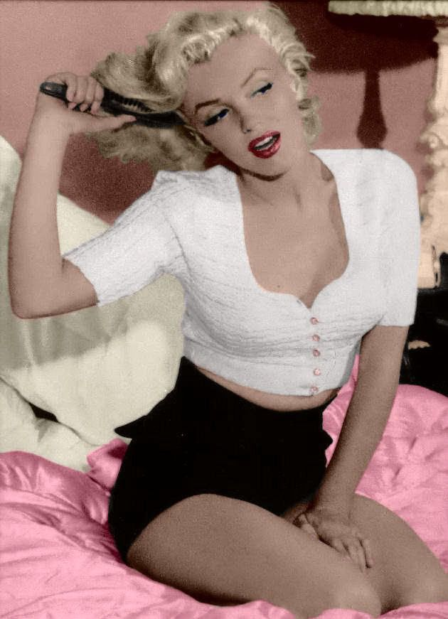 MM: Marilyn Monroe, Hairs Beauty, Real Beauty, 50Th Anniversaries, Norma Jeans, Pinup, Pin Up, Photo, High Waist Shorts