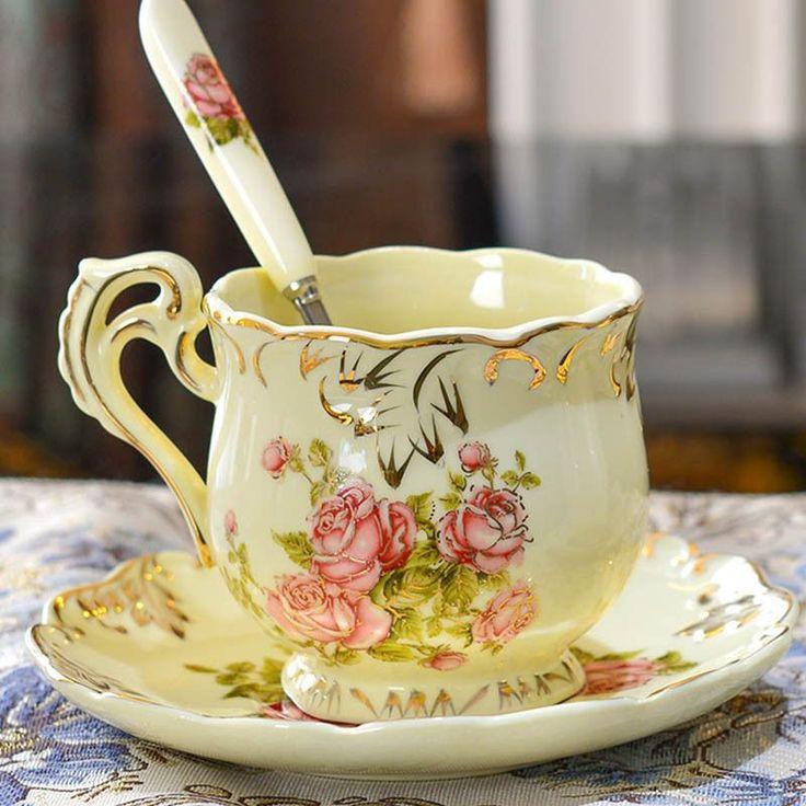High Quality Ivory Porcelain Elegant Coffee Cups And Saucer Ceramic Mugs