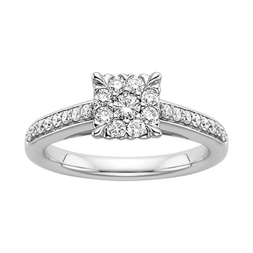 Beautiful Diamond Centerpiece Wedding Ring in K White Gold Fred MeyerCenterpiece