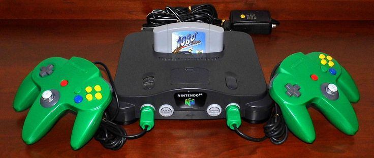 https://flic.kr/p/Vznoeu | Nintendo N64 NUS-001 (USA) Game System, Control Deck With Controllers, Made In Japan, Circa 1996-2001 | Auction Item 10 - To be auctioned by Cledis Estes Auctions II of Medina, Ohio.
