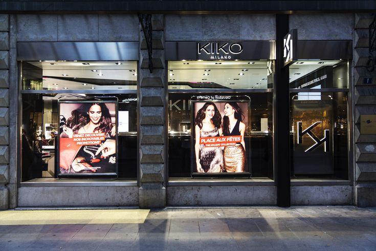 KIKO MILANO GENEVE Le 1er décembre ouvert à Genève, sur la rue du Rive, le tout nouveau Flagship store KIKOMilano.Jusqu'à présent, la marque de cosmétiques italienne était disponible seulement dans le centre commercial de Chavannes-de-Bogis. Lors de son ouverture jeudi passé, l'enseigne à ravie plus d'un. Avec la plus grande boutique ((100m2) de Suisse romande, une grande sélection des derniers produits KIKO tout confondu, sans compté petits canapés accompagné de champagne pour célébrer…