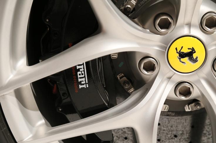 フェラーリ F12 ベルリネッタ