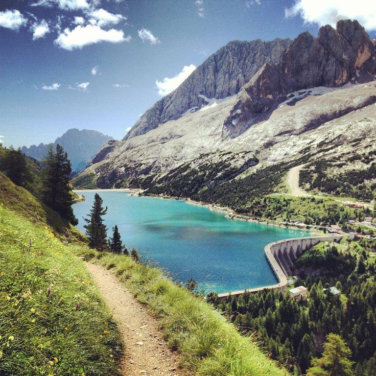 La Marmolada e il Lago di Fedaia (Trentino)