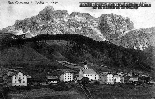 FotoLadinia le foto della Val Badia e delle Dolomiti - Cartoline/San Cassiano 1928