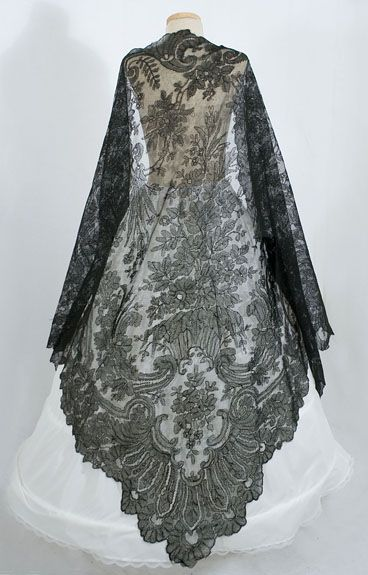 Black Chantilly Lace Shawl, 1860s