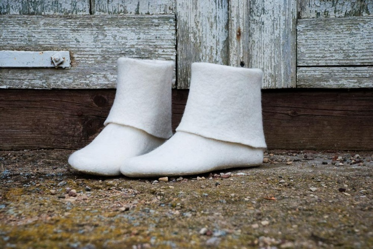 Cute, comfy looking booties. Women felted house white shoes, wool  boots. $110.00, via Etsy.