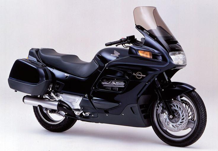 honda st1100   Provided by Motor Magazine Ltd.