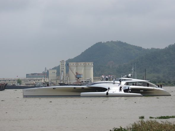 Yacht controlled by iPad (1): China Pearls, Superyacht Launch, Superyacht Adastra, Amazing Luxury, Luxury Yachts, Adastra Superyacht, Ipadcontrol Luxury, Dreams Garage, Amazing Boats