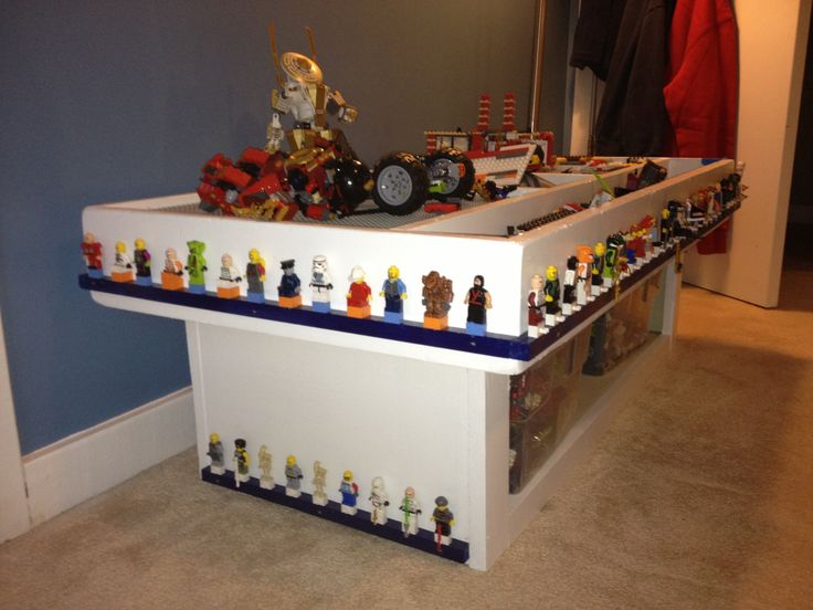 Lego mini figure storage around the lego table for the for Table design lego