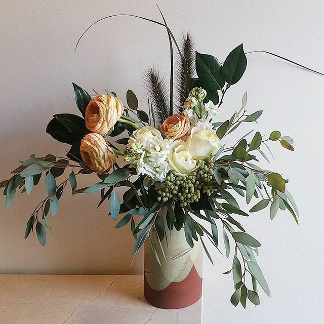She's hosting two parties this weekend. #customhandtiedbouquet #customfloraldesign #partyblooms #ranunculus #fairtraderoses #matthiola #bottlebrush #camellia #eucalyptus #lanuginosa #fairtrade #locallygrown #verifloracertified #oscarandkennedy #oscarandkennedyceramics #locallymade #madeineastvan #bespokebotanicalbeauty #bloomroomvancouver #bloomroombotanicalgallery #eastvanflorist #mountpleasantflorist #fraserhoodflorist #vancouverflorist #eastvan #fraserandkingsway #fraserhood #vancouver…
