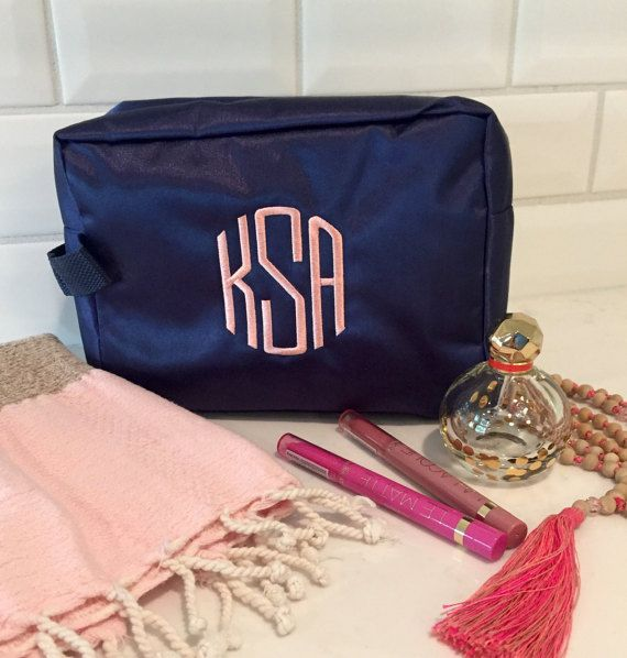 Monogramed Makeup Bag - great for travel or Bridesmaid Gifts!