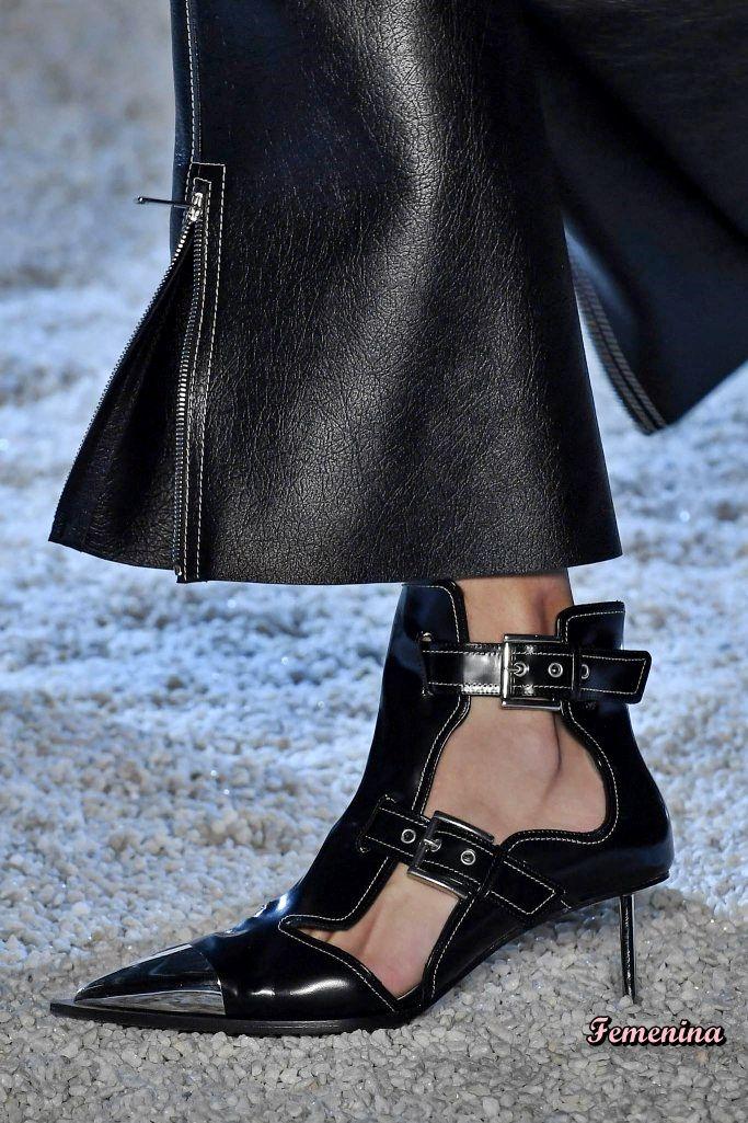 387aa951cbd Alexander McQueen Spring Summer 2019 RTW -Details  shoes