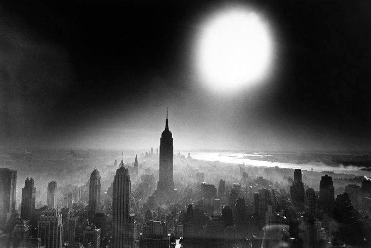 WILLIAM KLEIN, Atom Bomb Sky, New York, 1955 (photo is cool but I hate the title really)