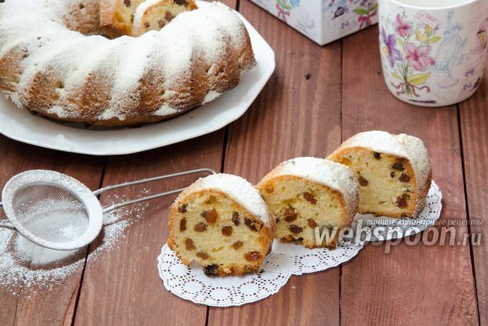 Фото Простой ванильный кекс с изюмом