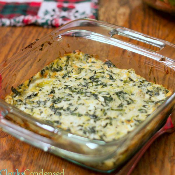 Applebees Spinach&Artichoke dip cheesy spinach dip is warm and is best served with your favorite crunchy chip. Multiple kinds of cheese and a creamy alfredo sauce make this dip recipe so good. The recipe also includes instructions for making accompanying crostini