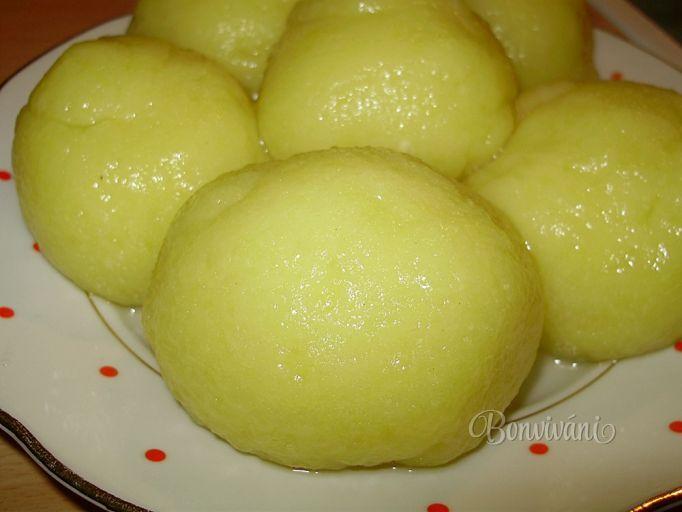 Bavorské zemiakové knedle • recept • bonvivani.sk
