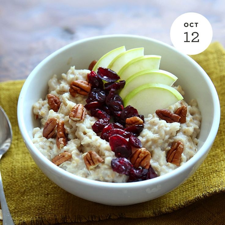 Apple Cranberry Pecan Oatmeal INGREDIENTS: • 1/2 Cup Quaker® Oats (quick or old fashioned, prepare as usual) Buy Now • 1 Cup low-fat milk • 1/2 Cup Granny Smith apple, diced • 2 Tablespoons dried cranberries • 1 Tablespoons diced pecans • 1/2...