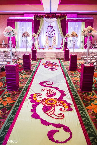 Floral & Decor http://www.maharaniweddings.com/gallery/photo/34536