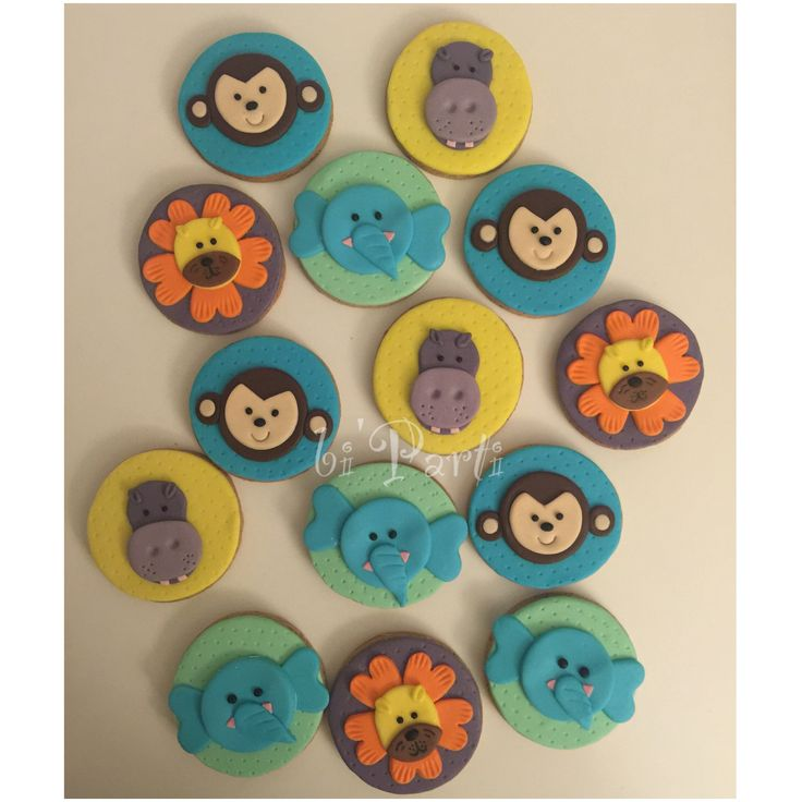 Safari party ideas. Safari cookies. Safari party ideas. Elephant cookie. Monkey cookie. Leo cookie.
