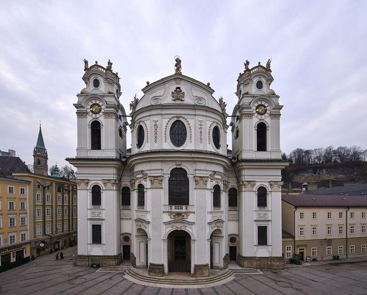 Baroque architecture austria kollegienkirche salzburg for Architecture baroque