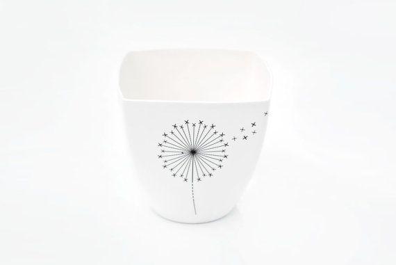 Wit porselein Mok met paardebloem yoghurt pot Milkshake
