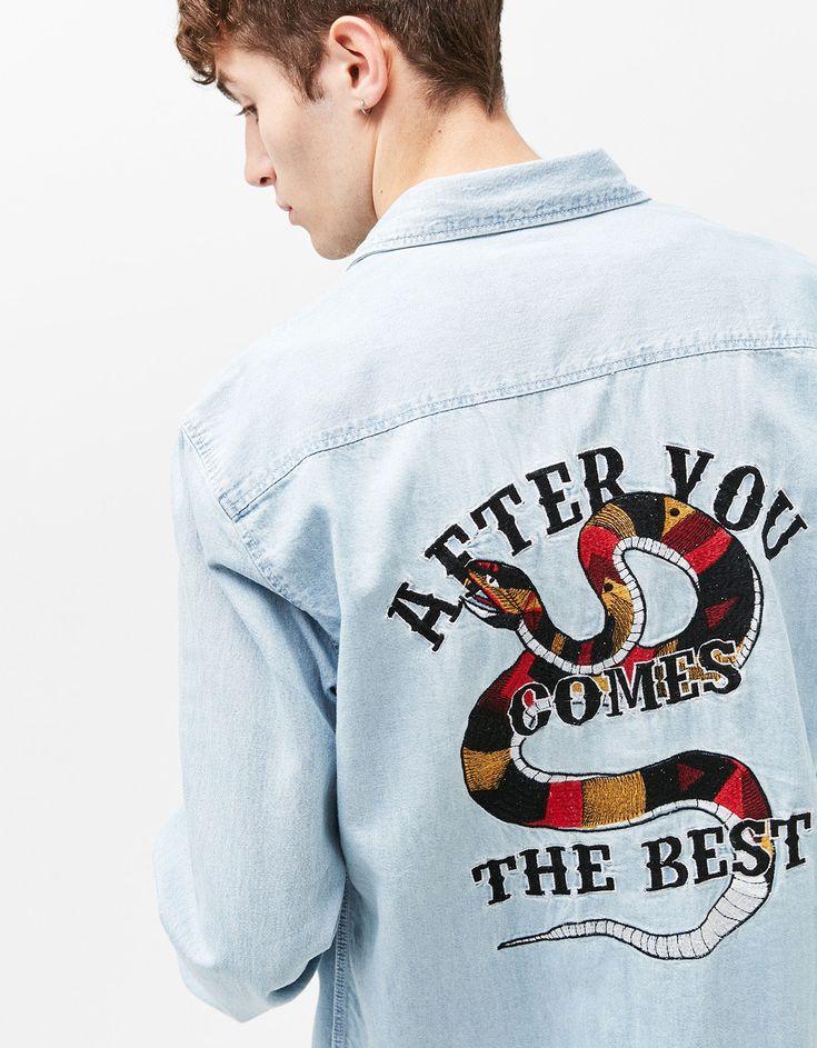 Embroidery denim shirt products Ideas for 2019 Denim Jacket Men, Denim Shirt, Jean Diy, Mode Jeans, Painted Clothes, Shirt Embroidery, Denim Outfit, Jean Shirts, Graphic Shirts