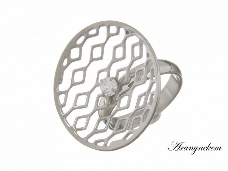 Cirkónia köves nemesacél gyűrű