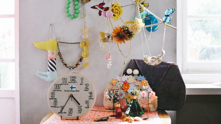 水川あさみさん出演 minne(ミンネ)のCM 〜 Mirisaの四角錐ピアスが採用されました。