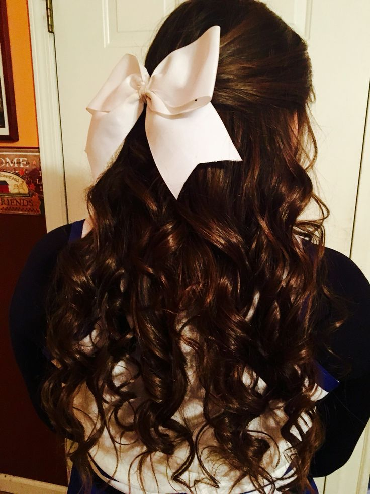 cheerleading hairstyle