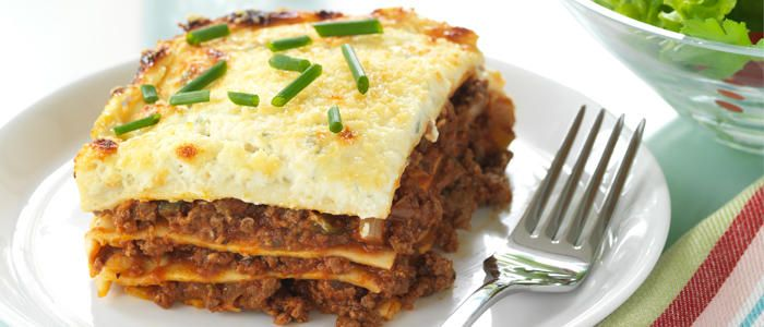 Lamb Lasagne: Layered pasta with mutton mince topped with cheese cooked in oven :)