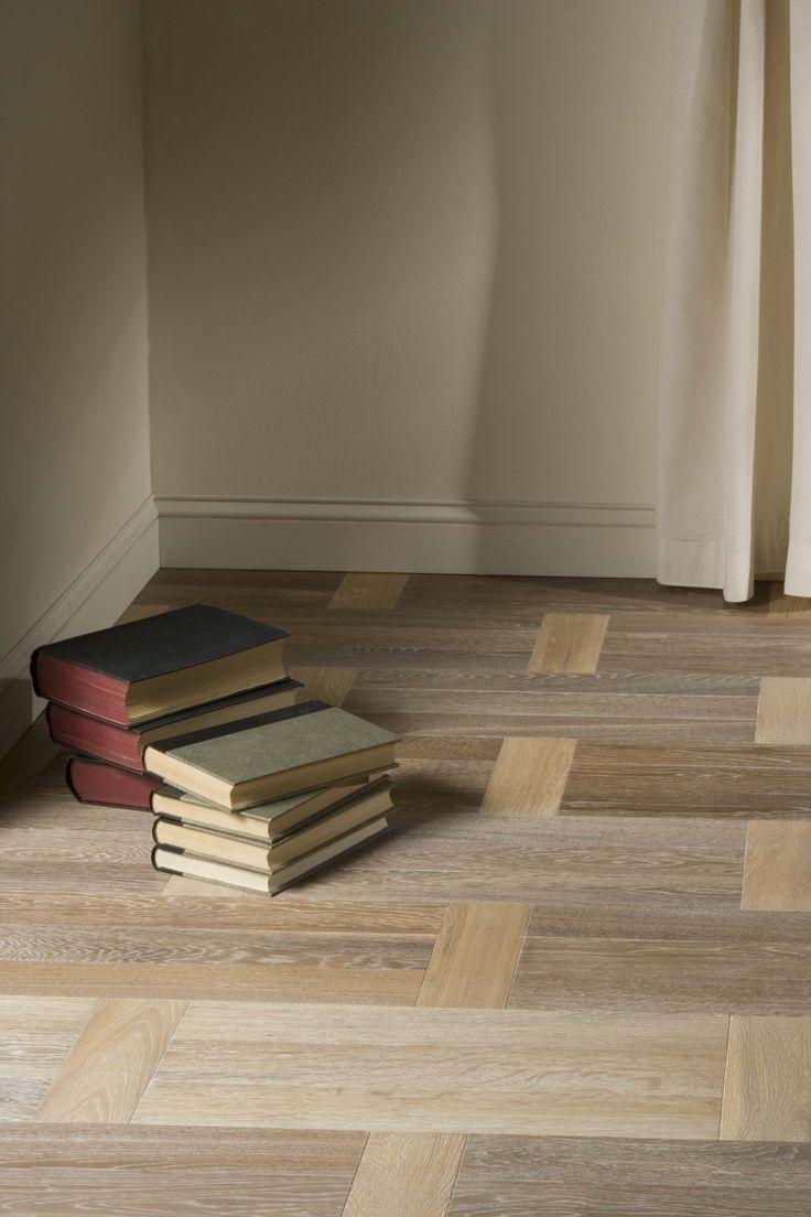 Vloeren breda houten vloer in een for Landelijk klassiek interieur