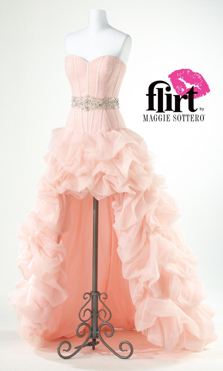 309 best Prom Gowns images on Pinterest   Evening gowns, Prom ...