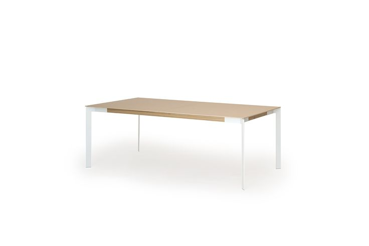 Yksi pöytä – 12 kpl variaatioita. Yhdestä VIISTO-ruokapöydästä on tarjolla niinkin paljon kuin 12 kpl eri materiaalivaihtoehtoja. Tämä on mahdollista modulaarisessa pöytärakenteessa, joka koostuu kolmesta keskenään yhteensopivasta komponentista: jalat, aisat ja kansi. #habitare2015 #design #sisustus #messut #helsinki #messukeskus #muurame