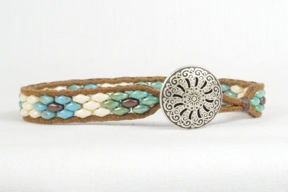 Super duo bead bracelet, Flower design, Single wrap bracelet, Silver Button, CarolMade SW3