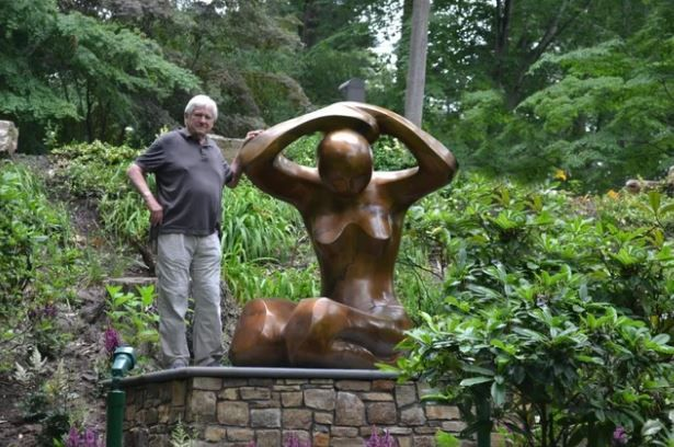Check Out This Article About Our Artist, Mark Yale Harris!