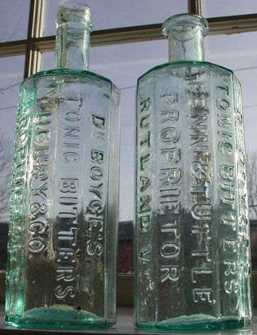 25+ best ideas about Antique bottles on Pinterest   Vintage ...