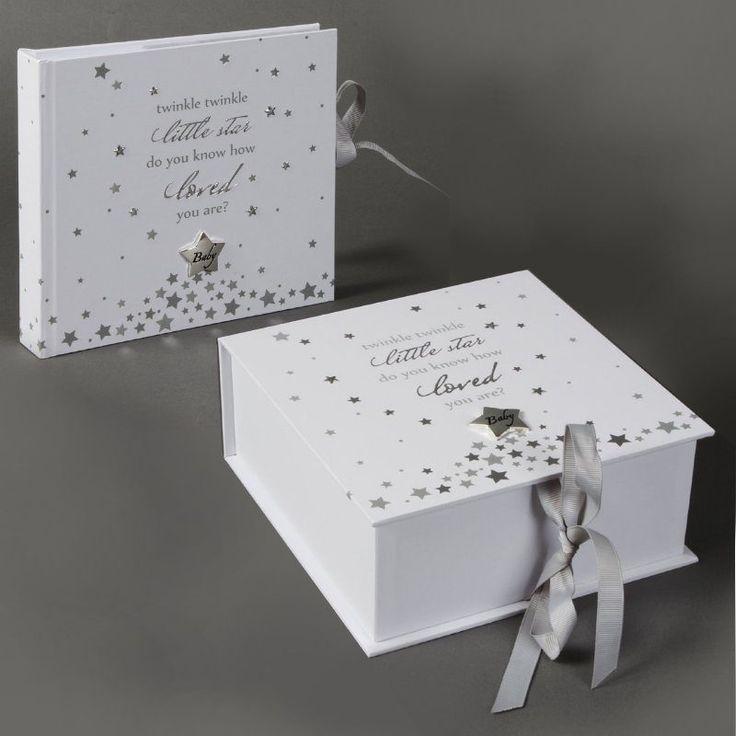 Album si caseta pentru bebelusi Twinkle Album si caseta pentru bebelusi Twinkle, idei de cadouri de botez din colectia Twinkle Twinkle by Juliana.