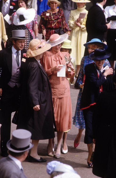 Princess Diana attended the Royal Ascot in 1985.