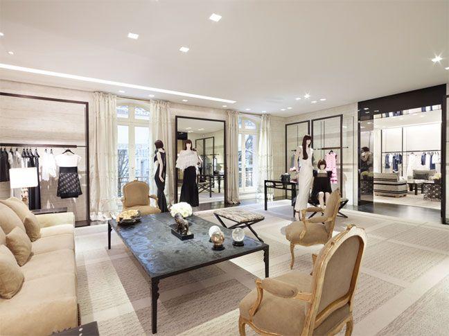 CHANEL Boutique 51 Avenue Montaigne