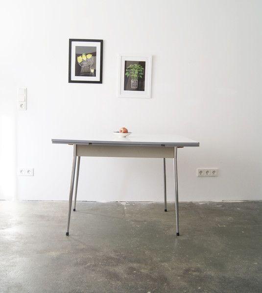 Vintage Tische - 50er Jahre Küchentisch, ausziehbar - ein Designerstück von mele-pele bei DaWanda