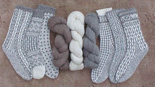 We have a long list of sock knitting patterns and they're all free! Have you ever knitted socks before? If not, there's a great tutorial that will teach you exactly how to knit your own socks. If you already know how to knit socks, you can skip the tutorial and head straight for the 32 fabulous