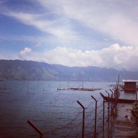 Keramba ikan nila at lut tawar lake, aceh tengah