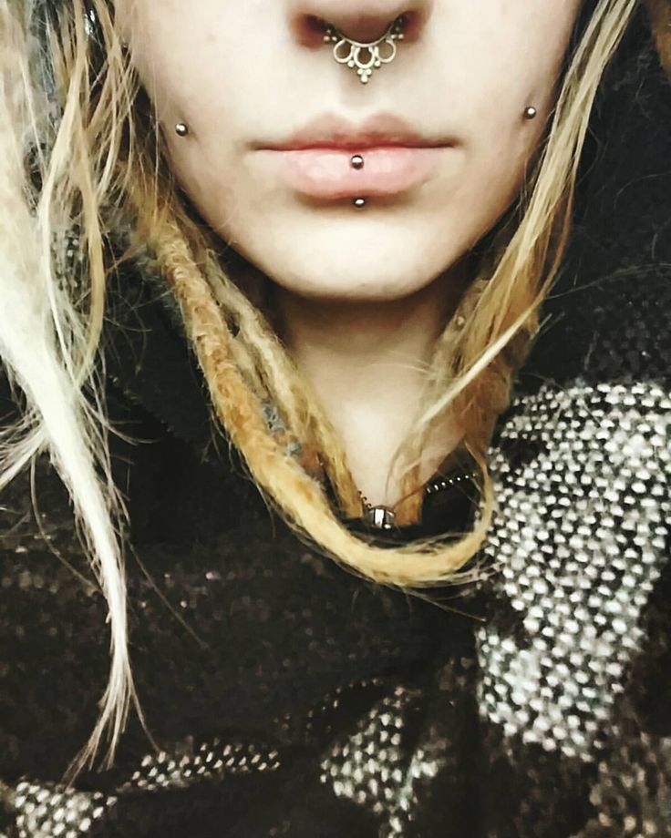 """526 Likes, 6 Comments - Dilara (@dilara.seidl) on Instagram: """"#bodymod #septum #new #boho #septumring #cheeks #eskimo #pierced #piercedgirl #face #girl #dreads…"""""""