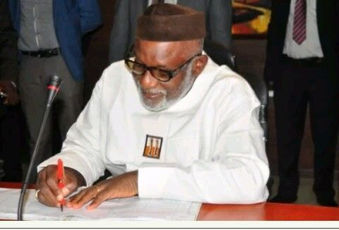 Gov. Akeredolu Sends Commissioner Nominees To State Assembly  http://ift.tt/2wi0lmq