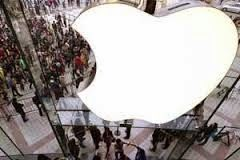 iPhone 6 Photos surface online possible 4.7-inch Weeks ahead of the expected release date of the next-generation iPhone(s), high quality pictures, allegedly featuring the 4.7-inch version have appeared on picture sharing network, Instagram. …  http://www.techglaxy.net/2014/08/iphone-6-photos-surface-online-possible.html