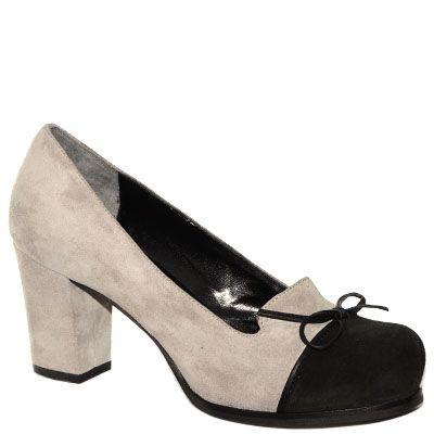 #Decolletè #EmanuelaPasseri in camoscio bicolor grigio e nero http://www.tentazioneshop.it/scarpe-emanuela-passeri/decollete-4465-grigio-emanuela-passeri.html