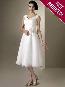 Venus Bridal : A beautiful, affordable, designer wedding dress from Bridal Bargains.