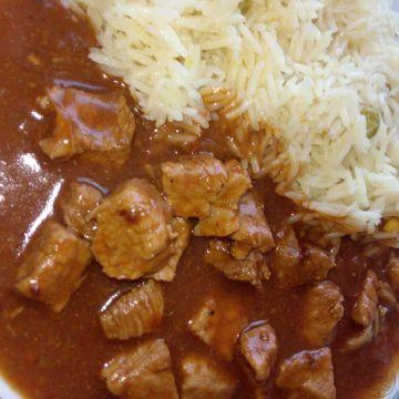 Rýže Basmati s omáčkou z vepřové kýty - Rychlý a námi oblíbený recept, vepřová kýta s voňavou rýží a ještě voňavější omáčkou