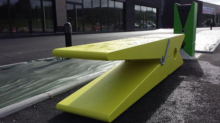 """Gamme """"Pinces"""" installée à l'Espace commercial Couture à Notre Dame de Sanilhac (24). Plus d'infos sur http://www.createch-deco.com"""